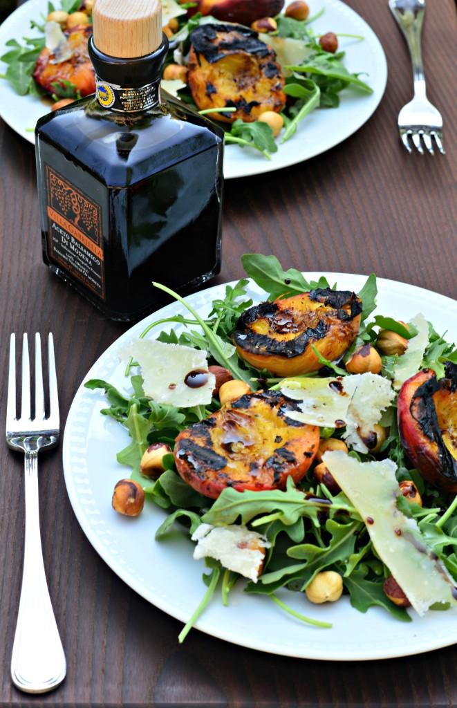 peach hazelnut salad