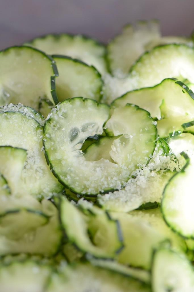 quick pickled cucumber