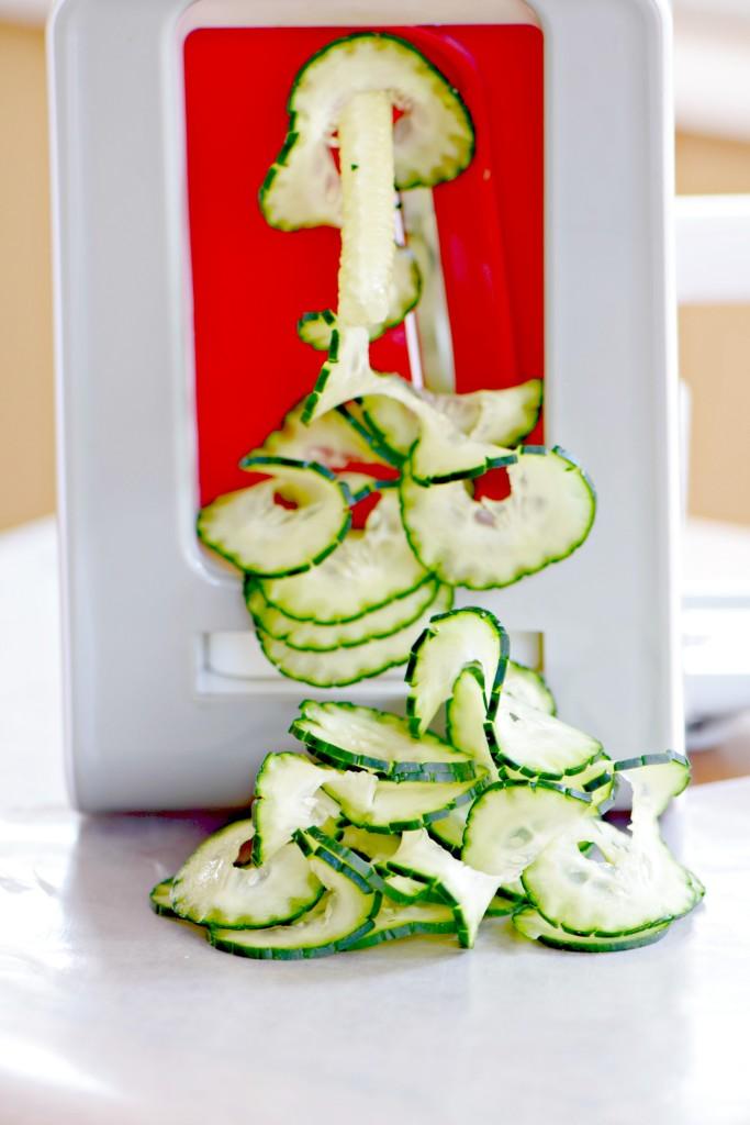 spiralized cucumber