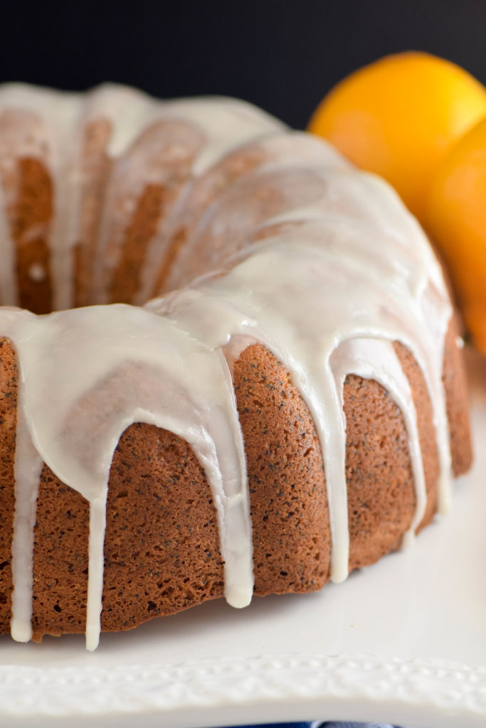 poppy seed cake lemon glaze
