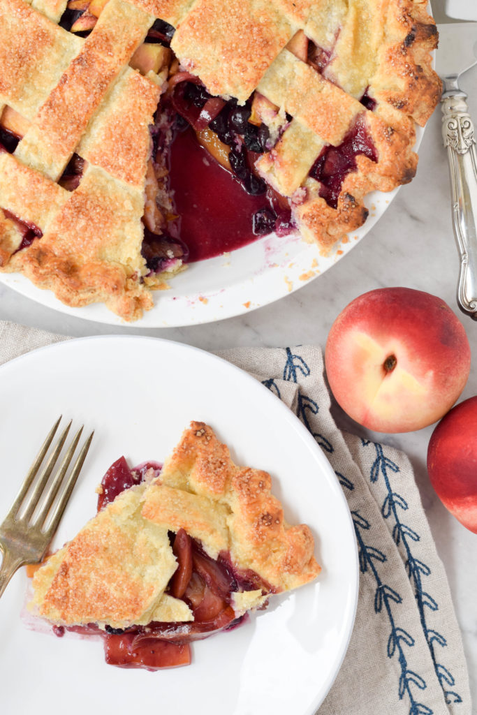 nectarine blueberry pie
