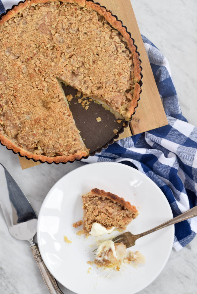 pear tart with streusel topping